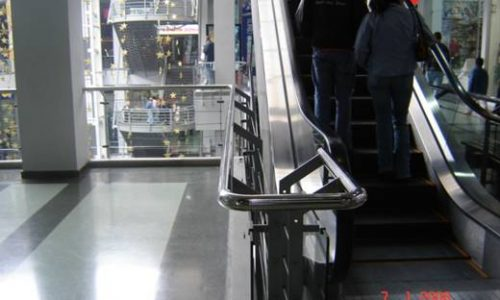 Barandas de escalera acero inoxidable centro comercial portal 80